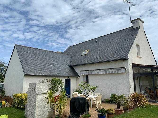 Traitement hydrofuge sur toiture en ardoises naturelles - Pordic (22) whatsappimage2020-06-30at16.23.223